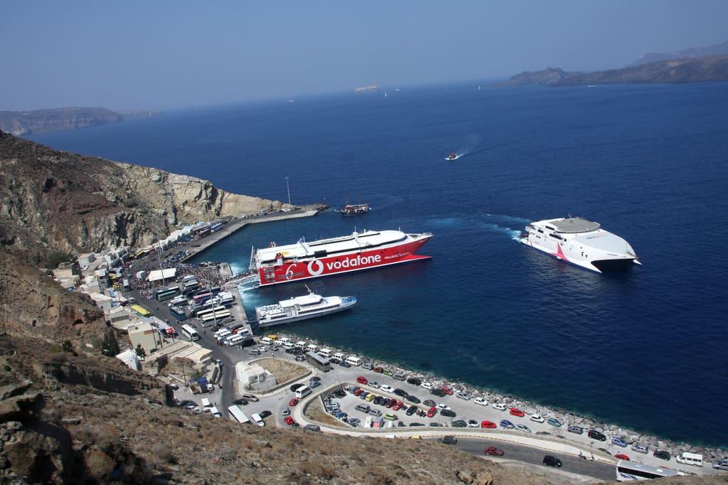 Santorini Athinios Port