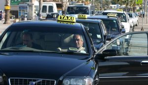 Larnaca airport Taxis