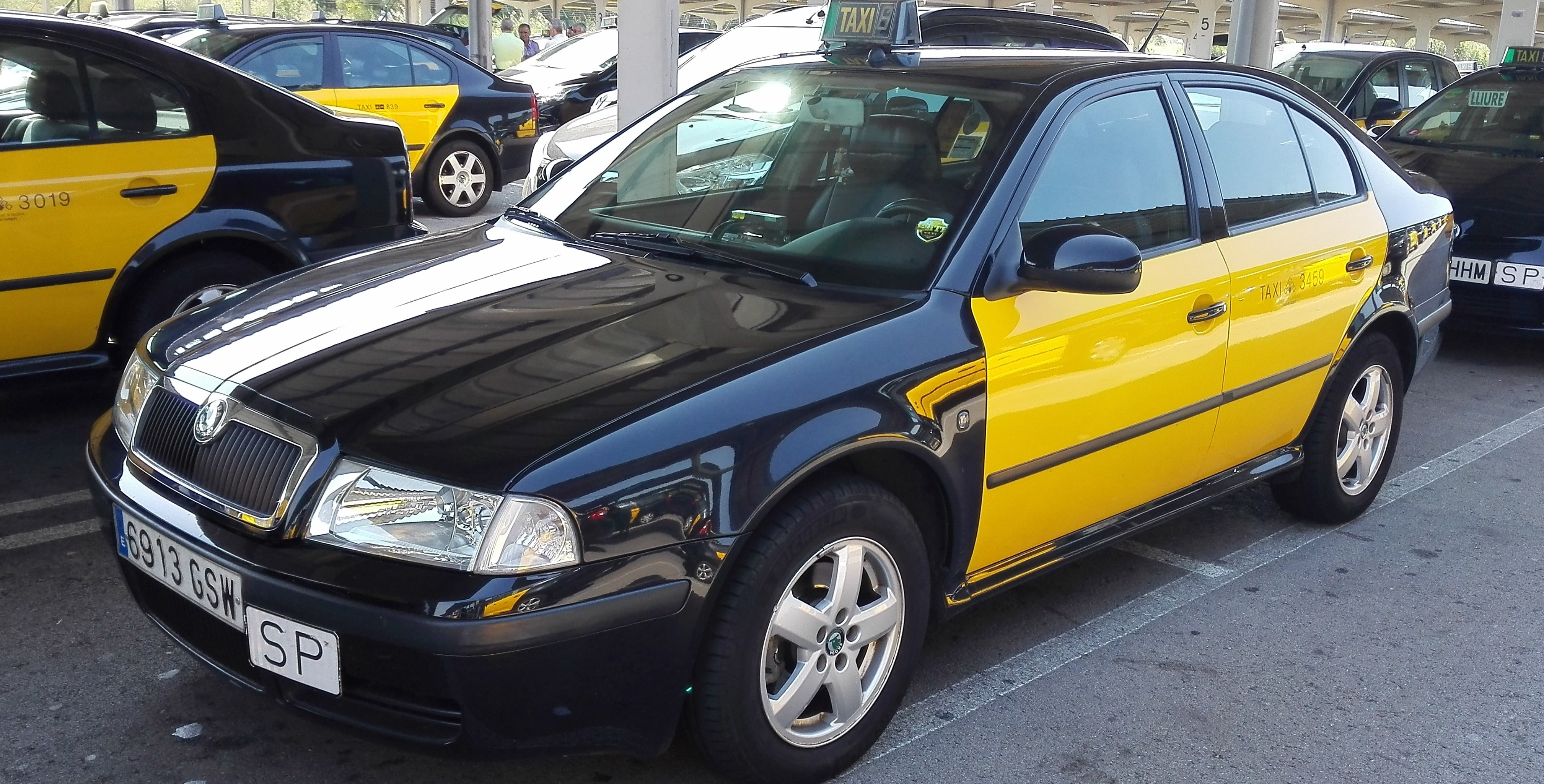 Barcelona Taxi Transfer Welcome Pickups
