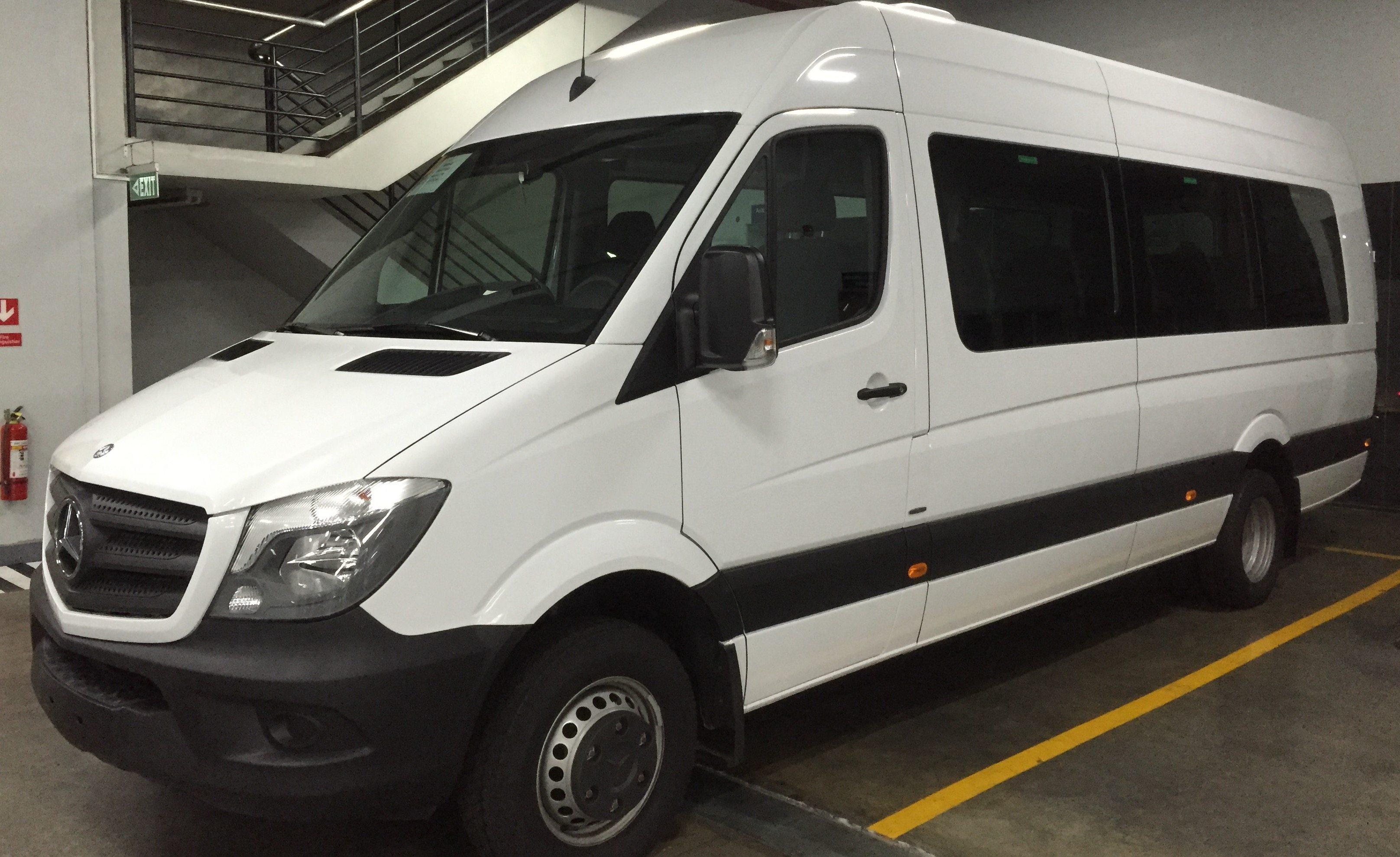 MInibus for Barcelona Taxi Transfers
