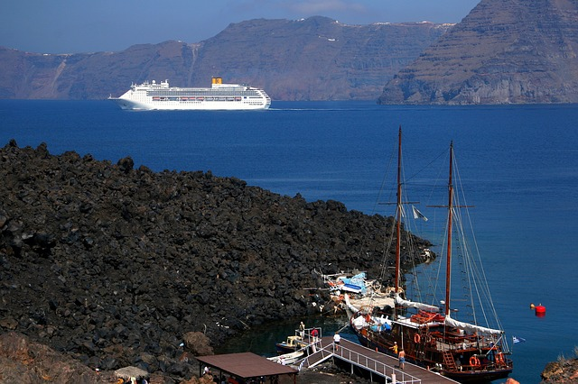 Caldera-Santorini