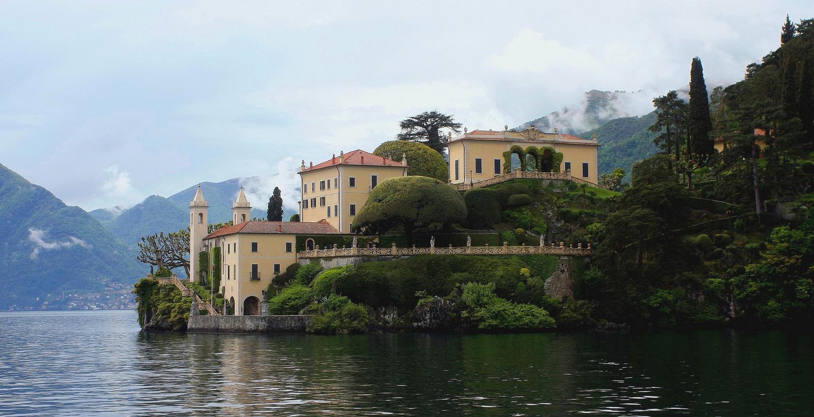 Villa de bal-Lake Como