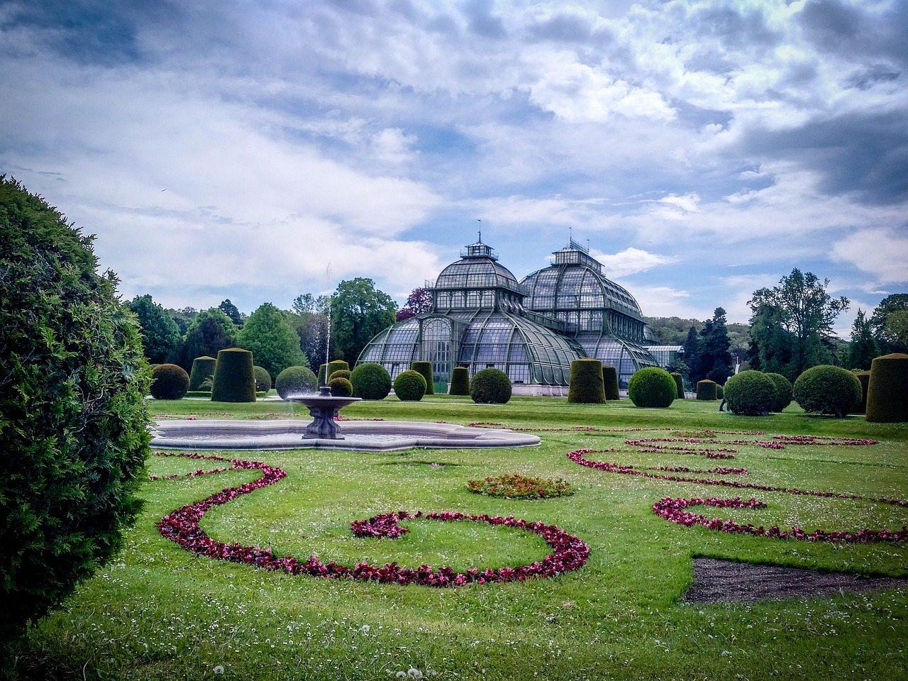 vienna schoenbrunn gardens