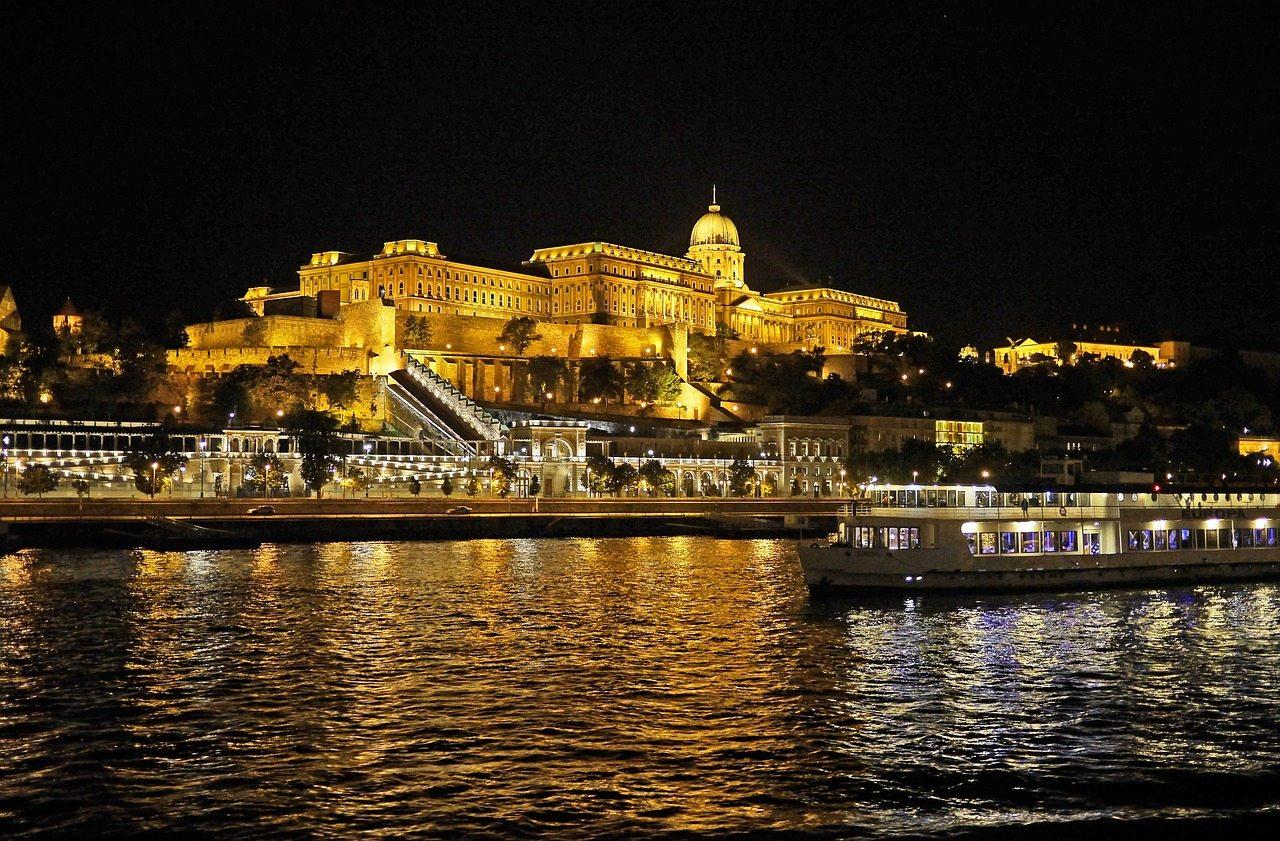 romantic cruise budapest