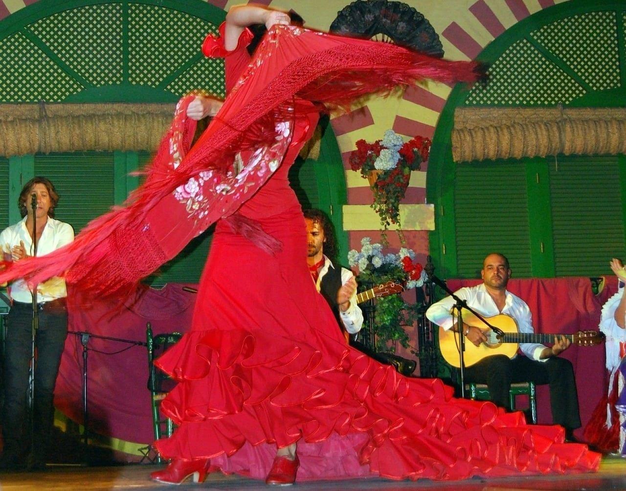 the best flamenco dancing in sevilla spain