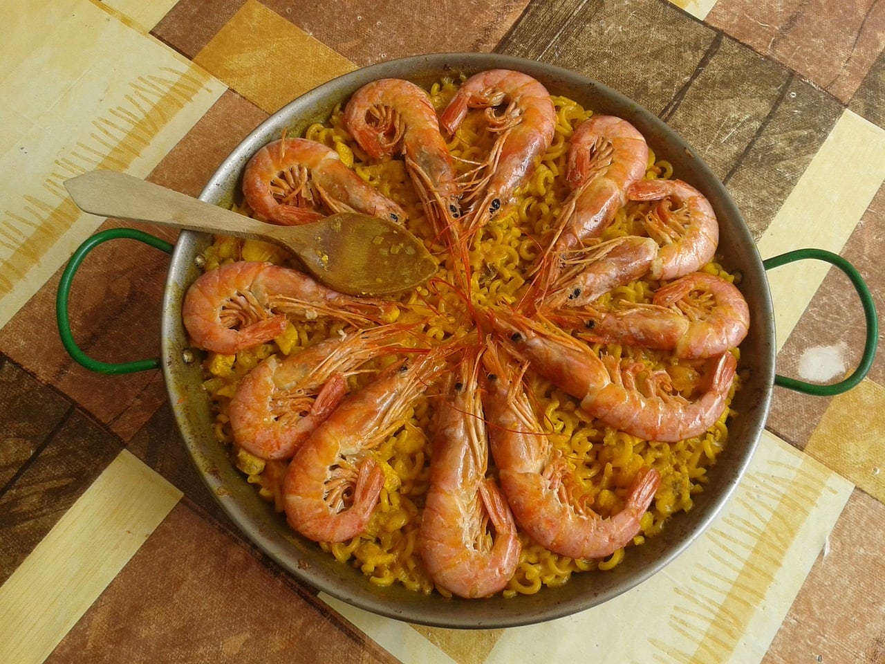where to eat paella in valencia spain