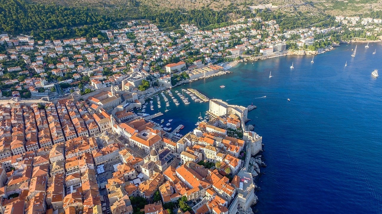 couples travel to dubrovnik croatia
