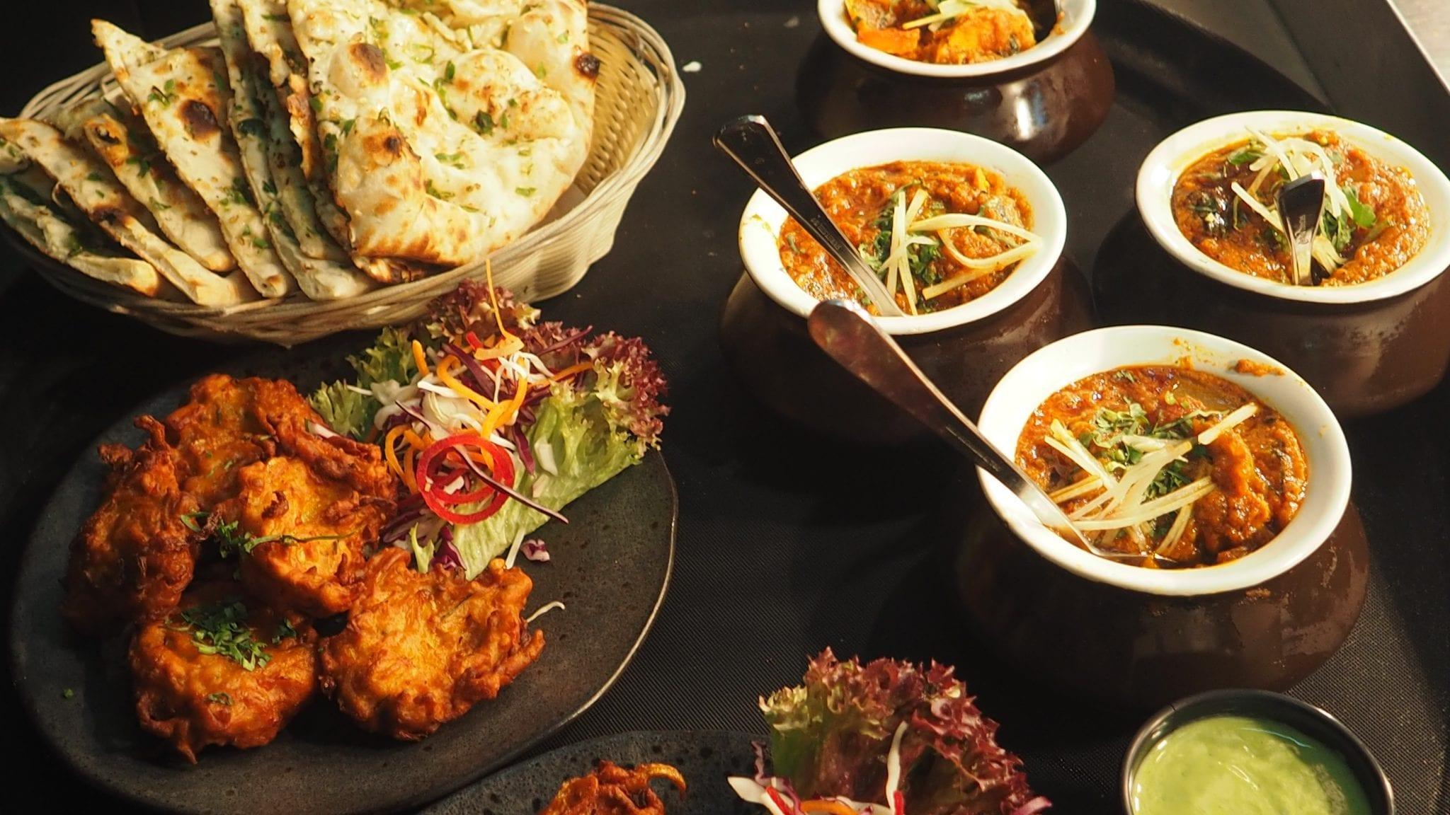 street food and michelin star restaurants singapore