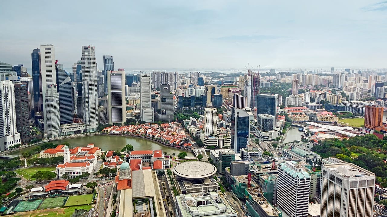what to see using public transport in singapore
