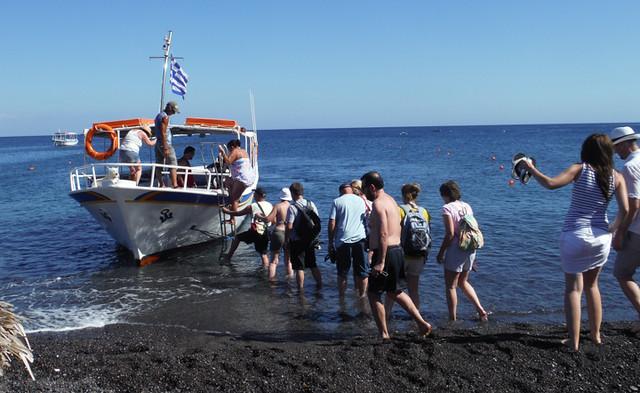 boat trips santorini