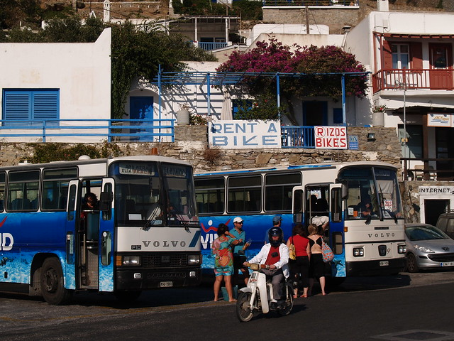 Mykonos-local-buses