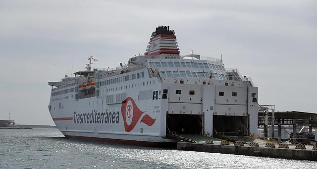 Valencia Port Transmediterranea