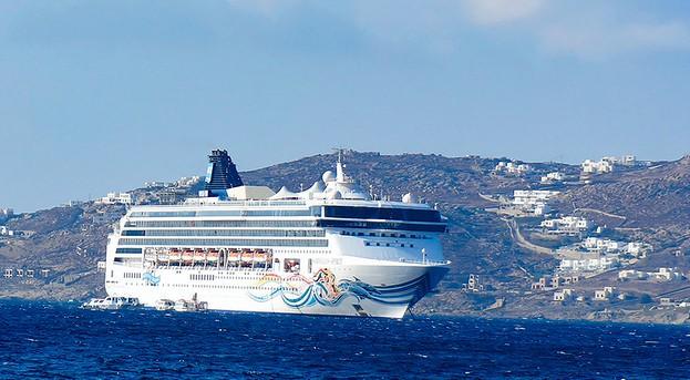 mykonos by boat