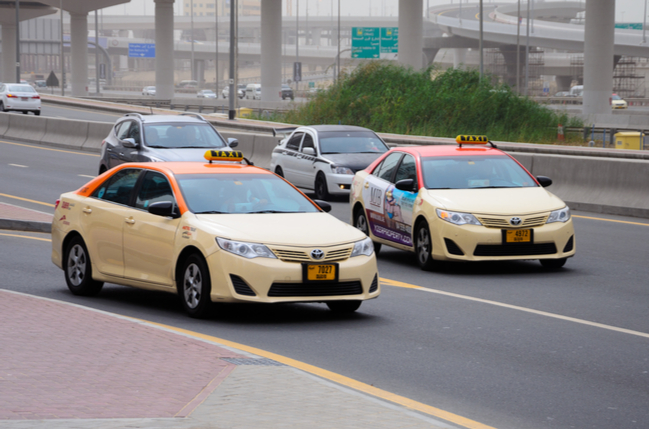 now-four-passengers-allowed-to-travel-in-dubai